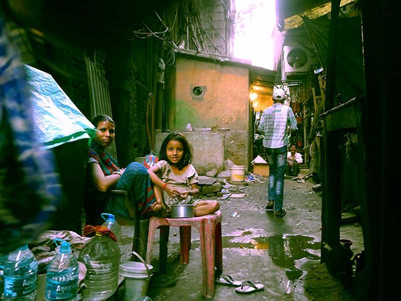Die Internetagentur webdesign berlin engagiert sich in Slums in sozialen Workshops für Menschen die es gut gebrauchen können.